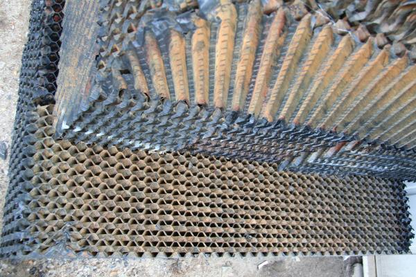 corrugated coalescers
