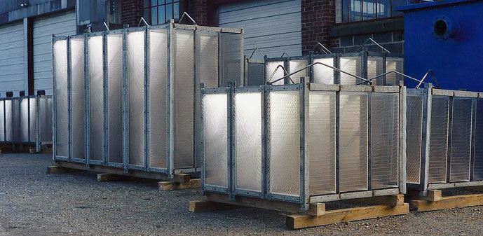 Coalescing oil water separators
