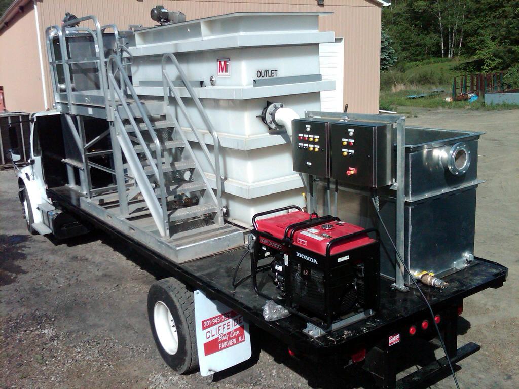 mobil oil water separator